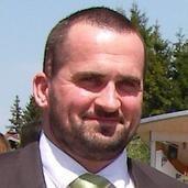 Dr Craig  Davies