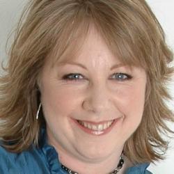 Dr Deborah  Pullen