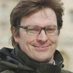 Dr Erwin  Reisner