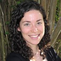 Dr Helen  Curry