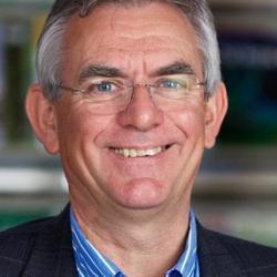 Dr Jon  Hutton