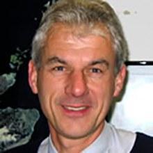 Dr Neil  Hubbard