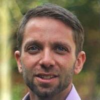 Dr Tom  Herbstein